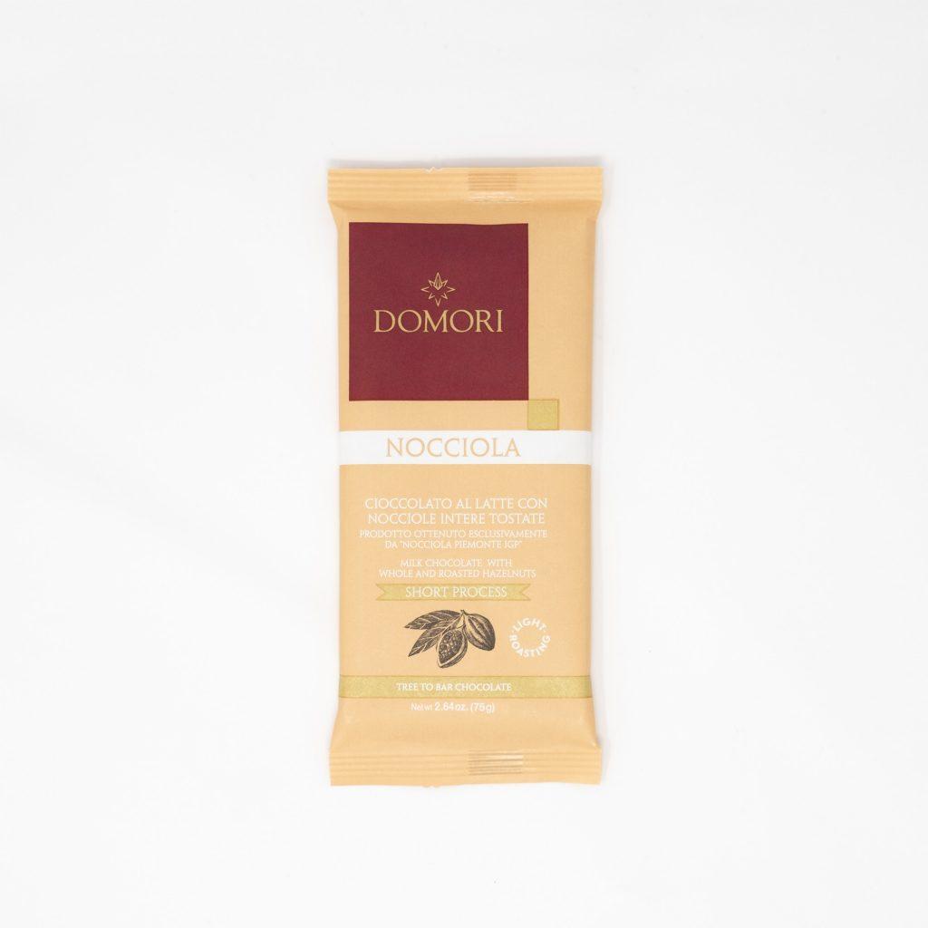 I 75g Domori - Cioccolato al latte con nocciole intere
